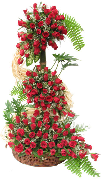 200 Red roses on a 4 ft stand
