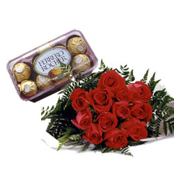 12 red roses, 16 pieces chocolates